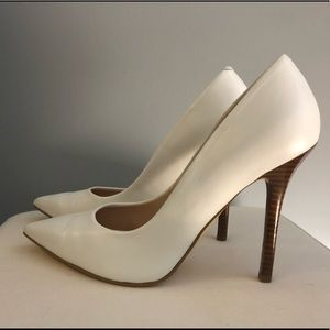 Guess Size 8 GE NEODAN4 from Macy's